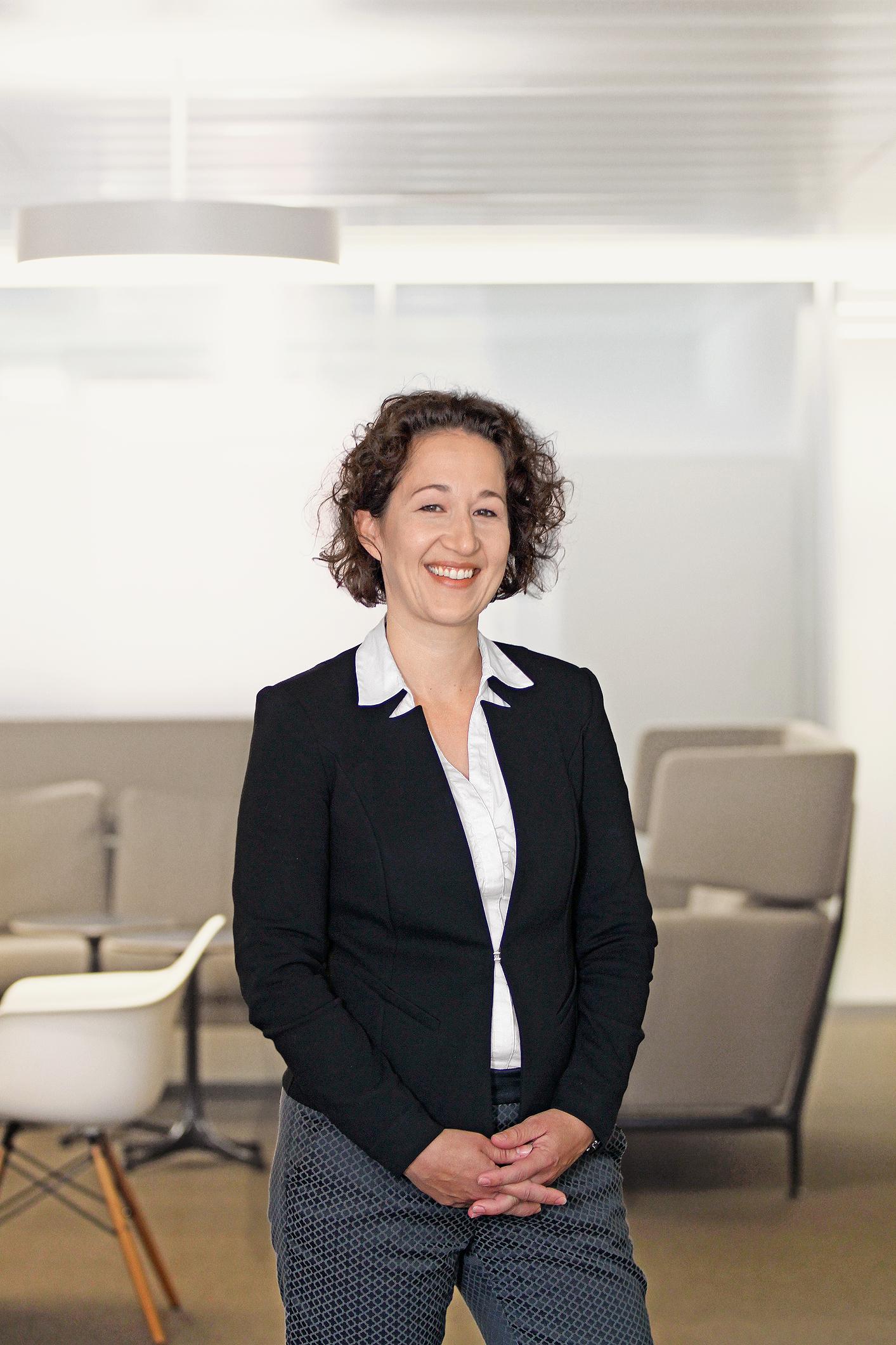 Daniela De La Cruz